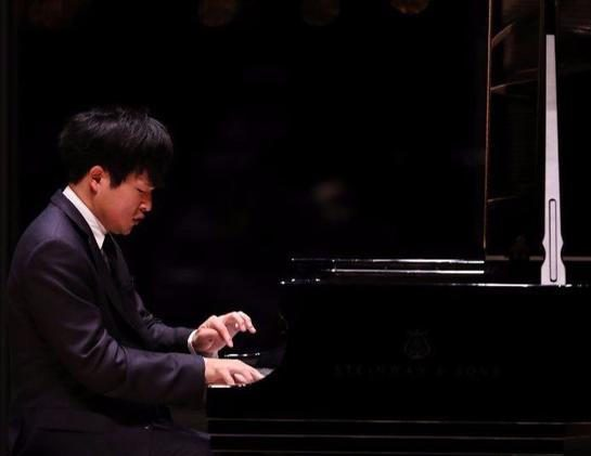 Chicago Tribune: Yekwon Sunwoo makes impressive area recital debut at NU