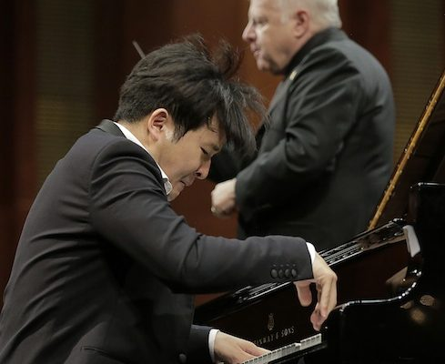 Cliburn Final Round Yekwon Close Up With Slatkin